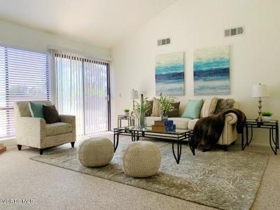 Thousand Oaks Condo/Townhouse For Sale: 635 Kendale Lane