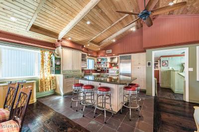 Oxnard Single Family Home For Sale: 141 Bardsdale Avenue