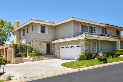 Westlake Village Single Family Home For Sale: 1725 Royal St George Drive