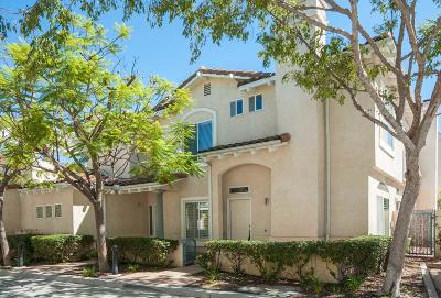 Moorpark Condo/Townhouse For Sale: 11563 Countrycreek Court