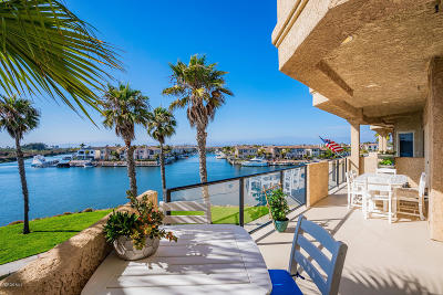 Oxnard Condo/Townhouse For Sale: 1706 Emerald Isle Way