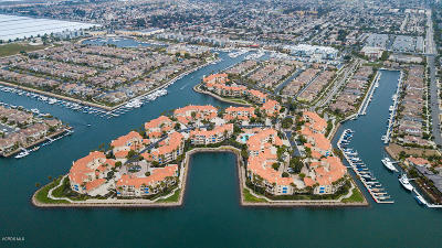 Oxnard Condo/Townhouse For Sale: 4246 Harbour Island Lane