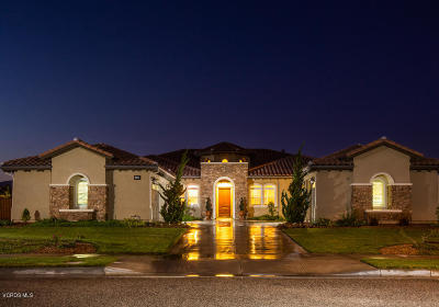 Moorpark Single Family Home Active Under Contract: 14889 Hightop Street