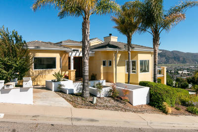 Santa Paula Single Family Home For Sale: 579 Glade Drive