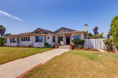 Oxnard Single Family Home For Sale: 33 Carriage Square