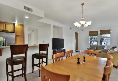 Camarillo Condo/Townhouse Active Under Contract: 208 Riverdale Court #704
