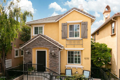 Oxnard Condo/Townhouse For Sale: 1232 Dominica Drive