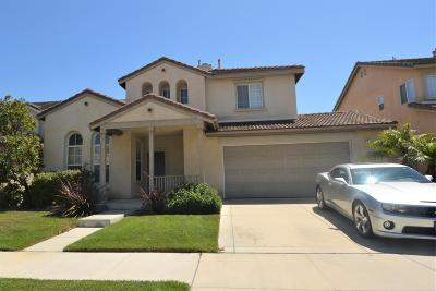Oxnard Single Family Home Active Under Contract: 538 Navito Way