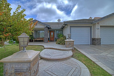 Oxnard Single Family Home For Sale: 2400 New Haven Place