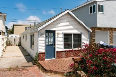 Oxnard Single Family Home For Sale: 209 Cahuenga Drive