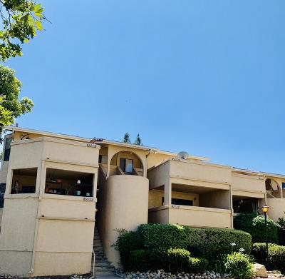 Thousand Oaks Condo/Townhouse For Sale: 1590 Charterwood Court