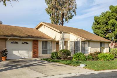 Camarillo Single Family Home For Sale: 4212 Village 4