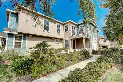 Oxnard Condo/Townhouse Active Under Contract: 3040 London Lane