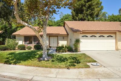 Camarillo Single Family Home For Sale: 39021 Village 39