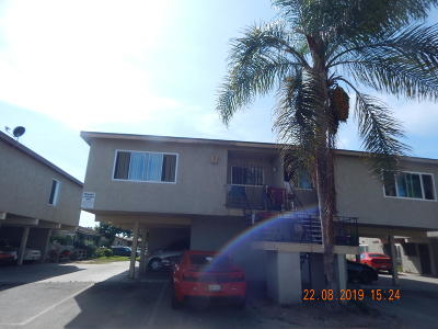 Oxnard CA Condo/Townhouse For Sale: $250,000
