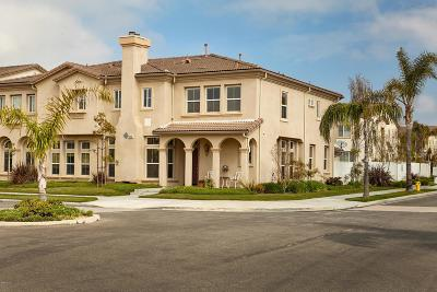 Oxnard Condo/Townhouse For Sale: 4305 Admiral Way