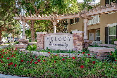 Ventura Condo/Townhouse For Sale: 1044 Holiday Avenue
