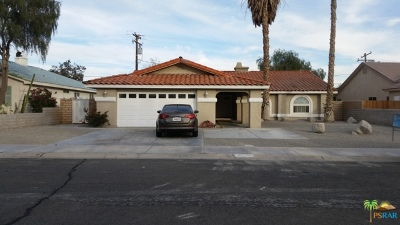 Cathedral City Single Family Home Contingent: 27270 Avenida Quintana