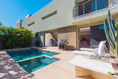 Palm Springs Condo/Townhouse Contingent: 1526 East Baristo Road