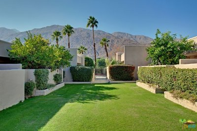 Palm Springs Condo/Townhouse For Sale: 841 East Arenas Road