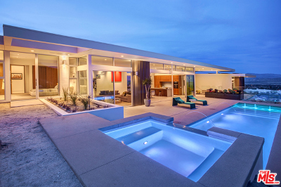Palm Springs Single Family Home For Sale: 2025 Celestial Court
