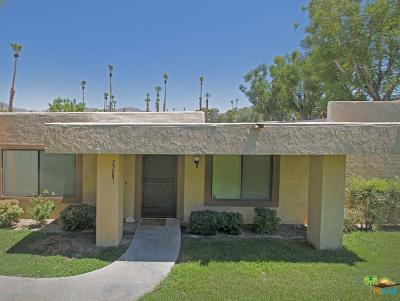 Palm Desert Condo/Townhouse For Sale: 73681 Roadrunner Court