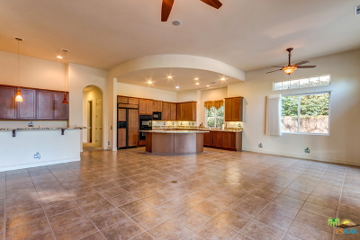 Mountain View CC Single Family Home For Sale: 80090 Via Valerosa