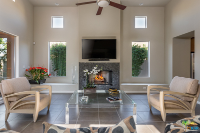 Palm Springs Single Family Home For Sale: 2993 Candlelight Lane
