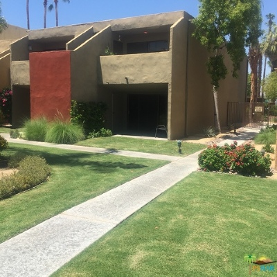 Palm Springs Condo/Townhouse For Sale: 1655 East Palm Canyon Drive #201