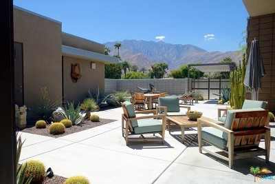 Palm Springs Single Family Home For Sale: 3026 North Avenida Caballeros