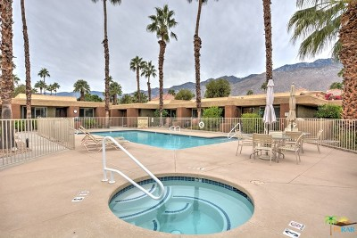 Palm Springs Condo/Townhouse For Sale: 365 North Saturmino Drive #18