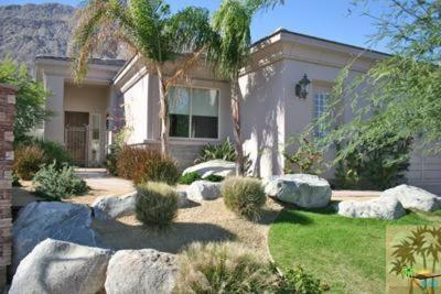 Palm Springs Single Family Home Contingent: 649 Big Canyon Drive