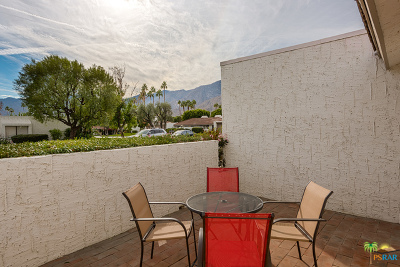 Palm Springs Condo/Townhouse For Sale: 2106 North Sunshine Circle