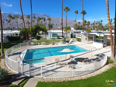 Palm Springs Condo/Townhouse For Sale: 1810 Sandcliff Road
