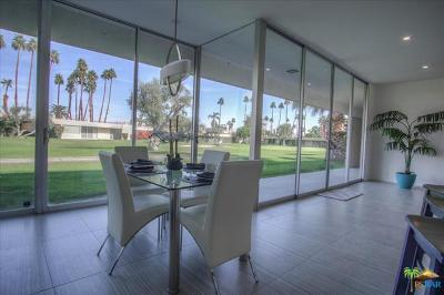 Palm Springs Condo/Townhouse For Sale: 142 Eastlake Drive