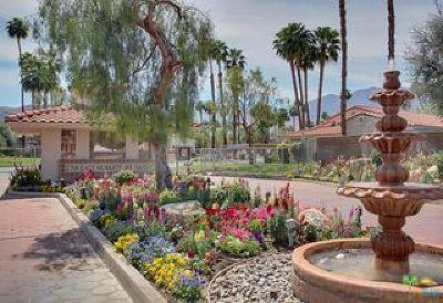 Palm Springs Condo/Townhouse For Sale: 2700 East Mesquite Avenue #E28