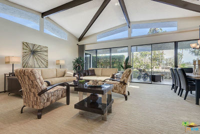 Palm Springs Condo/Townhouse For Sale: 2220 South Madrona Drive