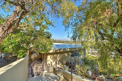 Palm Springs Condo/Townhouse For Sale: 2022 Southridge Drive