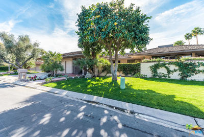 Rancho Mirage Condo/Townhouse For Sale: 1 Saint Johns Court