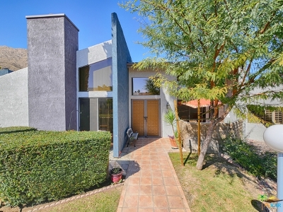 Palm Springs Condo/Townhouse Contingent: 201 East La Verne Way