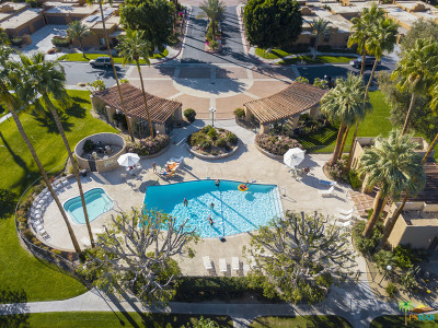 Palm Springs Condo/Townhouse For Sale: 4837 South Winners Circle #A