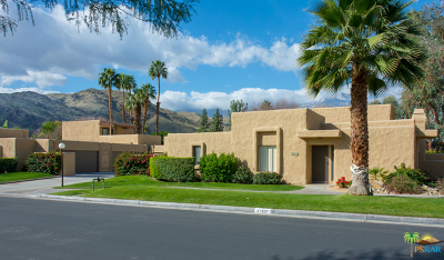 Palm Springs Condo/Townhouse For Sale: 4760 North Winners Circle #F
