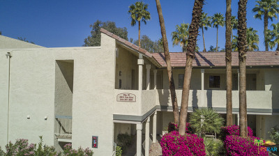 Palm Springs Condo/Townhouse For Sale: 450 East Vista Chino #2023