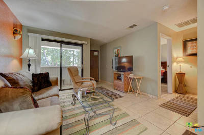 Palm Springs Condo/Townhouse For Sale: 2812 North Auburn Court #F200