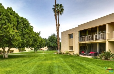 Palm Springs Condo/Townhouse For Sale: 435 Desert Lakes Drive