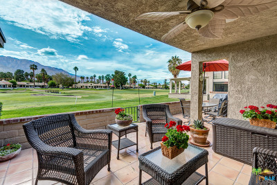 Palm Springs Condo/Townhouse For Sale: 3041 Calle Loreto