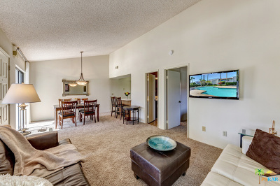 Palm Springs CA Condo/Townhouse For Sale: $153,000