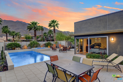 Palm Springs Single Family Home For Sale: 431 Dion Drive