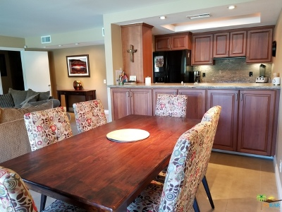 Palm Desert Condo/Townhouse For Sale: 73801 Club Circle Drive
