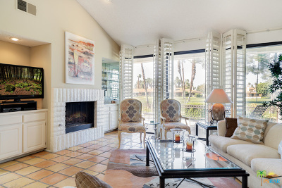 Palm Desert Condo/Townhouse For Sale: 242 Calle Del Verano